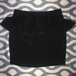 NWT - Lush skirt w bell ruffle